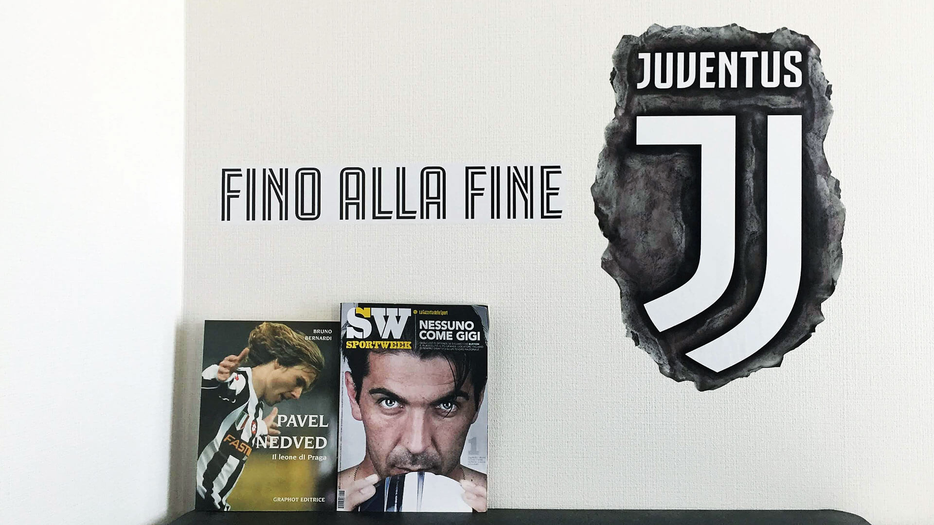 Juventus Logo Wall Sticker